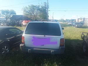 1993 jeep grand Cherokee for Sale in Great Bend, KS