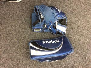 Reebok Jr 7K Ice Hockey Goalie Glove & Blocker, as is - Pick up only for Sale in Orange, CA