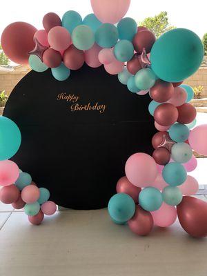 Backdrop round balloons garland for Sale in Garden Grove, CA