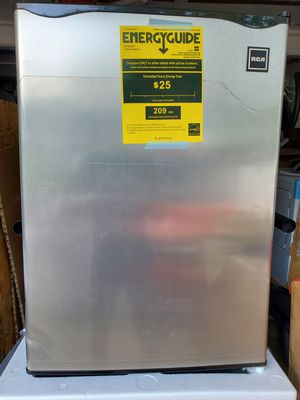 Personal Refrigerator 2.6 cu ft RCA Stainless Steel for Sale in Glendale Heights, IL