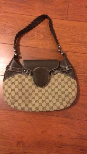 NEW AUTHENTIC* Vintage Gucci Purse (GG print) for Sale in Herndon, VA