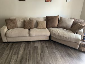 ***BROWN & BEIGE SECTIONAL COUCH*** for Sale in Clearwater, FL