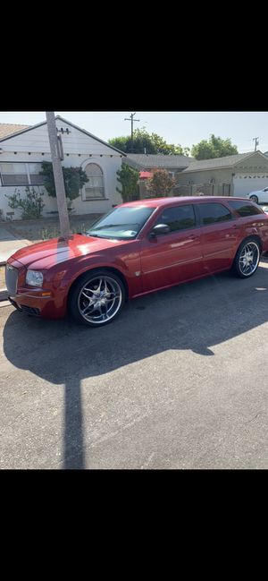 2006 Dodge Magnum 6cyl with 66,000 miles for Sale in Long Beach, CA