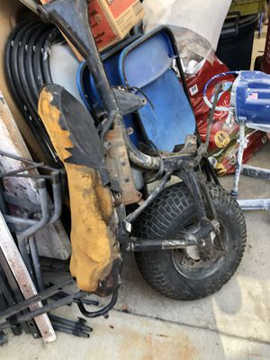 Suzuki motorcycle frame for Sale in Long Beach, CA