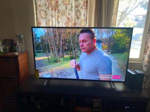 TCL Roku TV 50 inch for Sale in Bloomington, CA