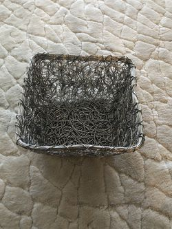 Wire Storage Basket for Sale in Ronkonkoma,  NY