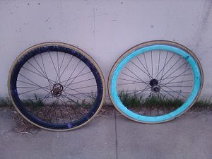 Fixie wheel set 700c for Sale in Long Beach, CA