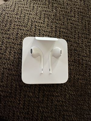 Wire Apple headphones for Sale in Fresno, CA