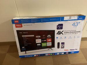 """.:READ DESCRIPTION:. TCL 43"""" LED 2160p Smart 4K UHD TV for Sale in Quincy, IL"""