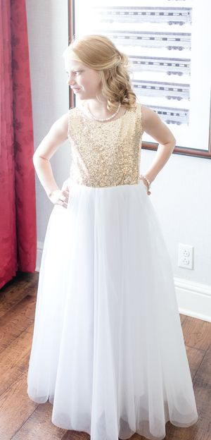 Dress (Flower Girl or Jr Bridesmaid) Size 10/12 for Sale in St. Peters, MO