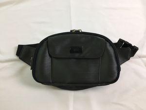 90s Vintage Guess Black Nylon Fanny Pack Waist Bag Hip Bag for Sale in San Dimas, CA
