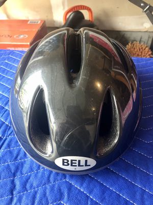 Bell Bicycle Helmet for Sale in Sumner, WA