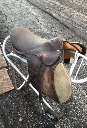 English saddle ( horse trailer horse shoes western rodeo cow for Sale in Downers Grove, IL