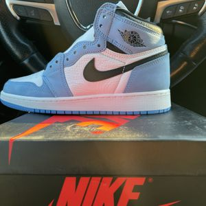 Jordan 1 University Blue Size 5Y for Sale in Oak Lawn, IL