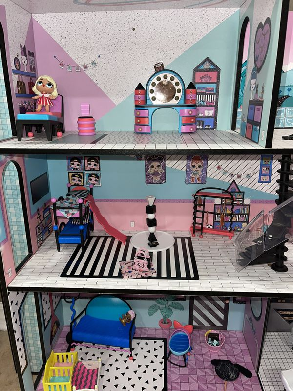 LOL Surprise! Doll House