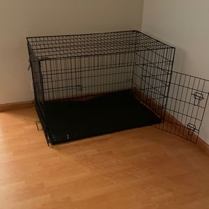 Large dog crate for Sale in San Gabriel, CA