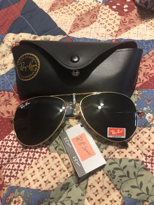 Ray-Ban Sunglasses for Sale in Mount Selman, TX