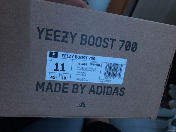 Yeezy 700 mauve size 11