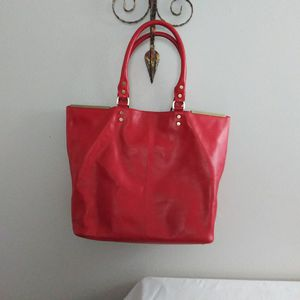 KENNETH COLE LG SATCHEL for Sale in Houston, TX