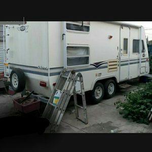 1998 Aerolite 16 ft trailer for Sale in Stockton, CA
