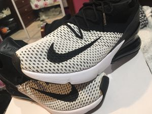 Air max 270 fly knit for Sale in Los Angeles, CA