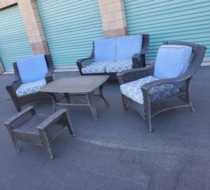 5 piece wicker outdoor patio set furniture with cushions 🔥🔥🔥 FREE DELIVERY WITHIN 5 MILES 👍 for Sale in Las Vegas, NV