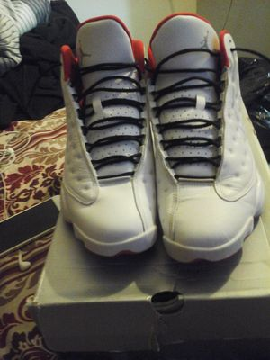 Jordan 13s size 11.5 only worn 3 times has a little crease but great condition color is white and red for Sale in PECK SLIP, NY