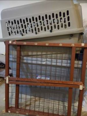 Dog crate and Gate for Sale in Waldorf, MD
