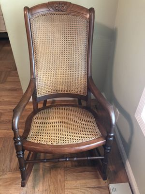 Antique Rocking Chair for Sale in San Jose, CA