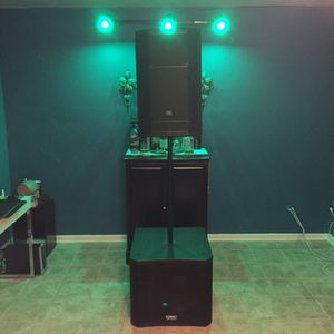 Speakers (JBL, QSC) for Sale in Queens, NY