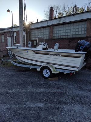 Inherited 17 ft Manatee fishing boat, motor turns over but won't start, titles for boat and trailer $2500 obo for Sale in Kutztown, PA