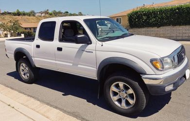 Nice❤️ Truck 2003 Toyota Tacoma Clean🌕 for Sale in Wichita,  KS
