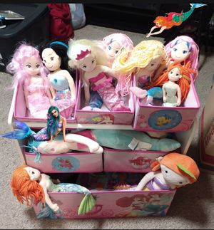 Little Mermaid toy box organizer filled with Mermaid dolls $20 takes everything for Sale in Corona, CA