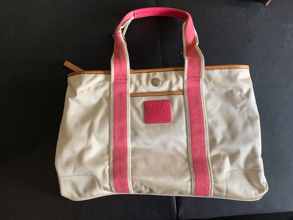 Coach tote bag. Comes with cloth protective storage bag.