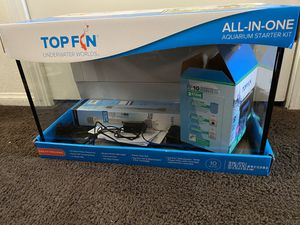 TOPFIN 10 GALLON TANK WITH EVERYTHING INCLUDED! UNDERWATER WORLDS for Sale in Los Angeles, CA