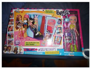 New!!! Bratz Selfie Snaps Photobooth and Make Your Own Cell Phone Case Toy ~ Open Box for Sale in Wildomar, CA