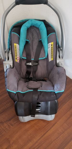 Baby trend car seat for Sale in Tampa, FL