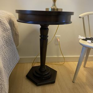 Beautiful Solid Wood Side Table for Sale in Seattle, WA