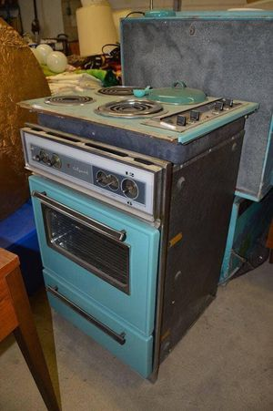 Vintage oven by wizard 1960s for Sale in Greensburg, PA