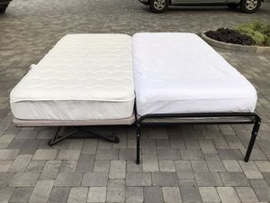 Twin trundle bed with metal frame for Sale in Redlands, CA
