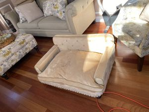 Large dog couch for Sale in Old Bridge Township, NJ