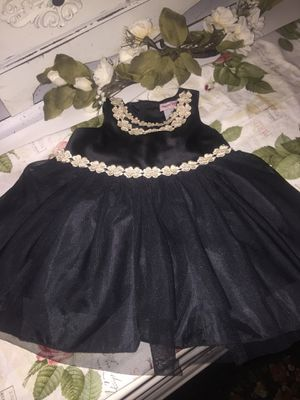 "Nanette lepore "" Designer gorgeous little girls party dress satin with Tull stunning gold embroidery flower trim buttons and sweet Belted prist for Sale in Northfield, OH"