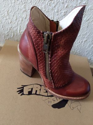 Freebird by Steven boot for Sale in Chandler, AZ