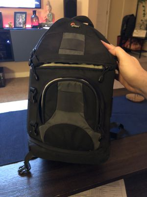 Lowepro Sling Camera DSLR Bag for Sale in Bakersfield, CA