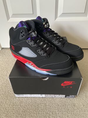 Air Jordan Retro 5 (Men's Size 11) Black/Fire Red-Grape Ice New Emerald for Sale in Seattle, WA