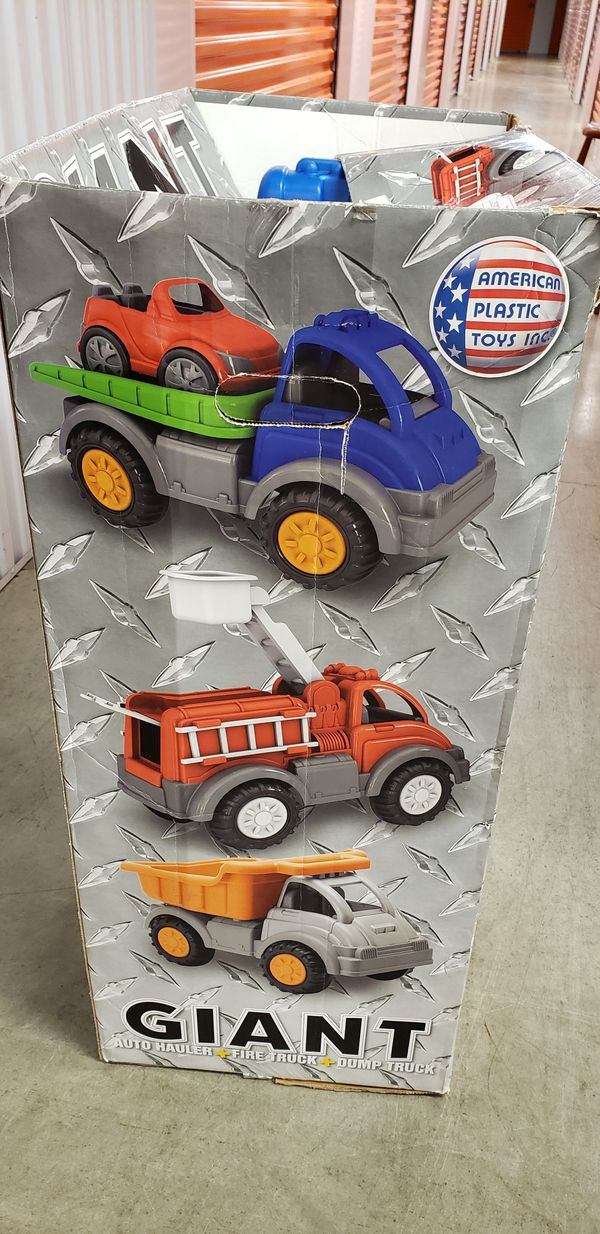 3 Giant Kids Trucks