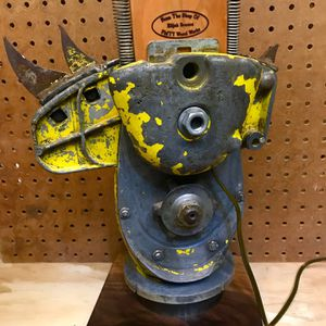 Chainsaw Lamp! for Sale in Orting, WA