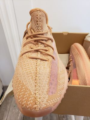 Yeezy 350V2 Clay - Size 9.5 - Read ad for details, Prices Firm/Offers Ignored for Sale in Ladera Heights, CA