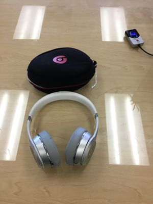 Beats headphones 🎧 for Sale in San Diego, CA