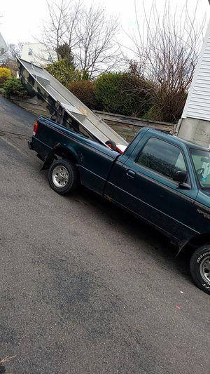 12 ft Jon boat with trolling motor for Sale in Seymour, CT